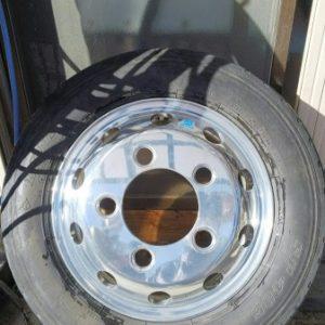2tトラック 社外アルミホイール側面orリムのガリ傷補修