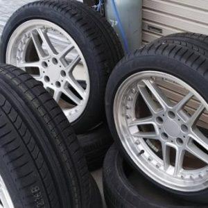 持ち込みタイヤ交換 BMW E39シュニッツアータイプ