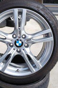 BMW F30 純正ホイールガリ傷補修